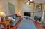 96 NW 33rd Pl, C, Newport, OR 97365 - Living