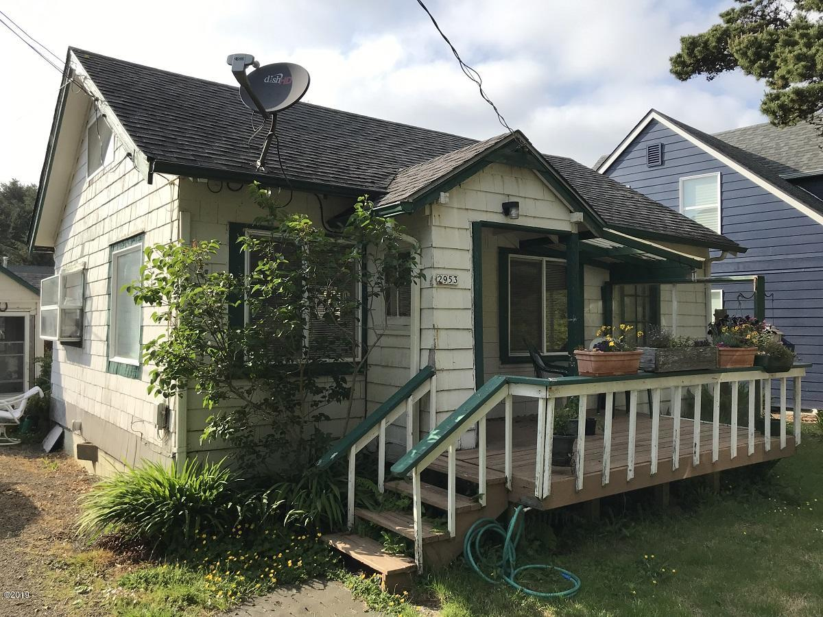 2953 SW Coast Ave., Lincoln City, OR 97367 - Cottage 1 Exterior