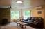 1175 NW Dundon Rd, Toledo, OR 97391 - Living room