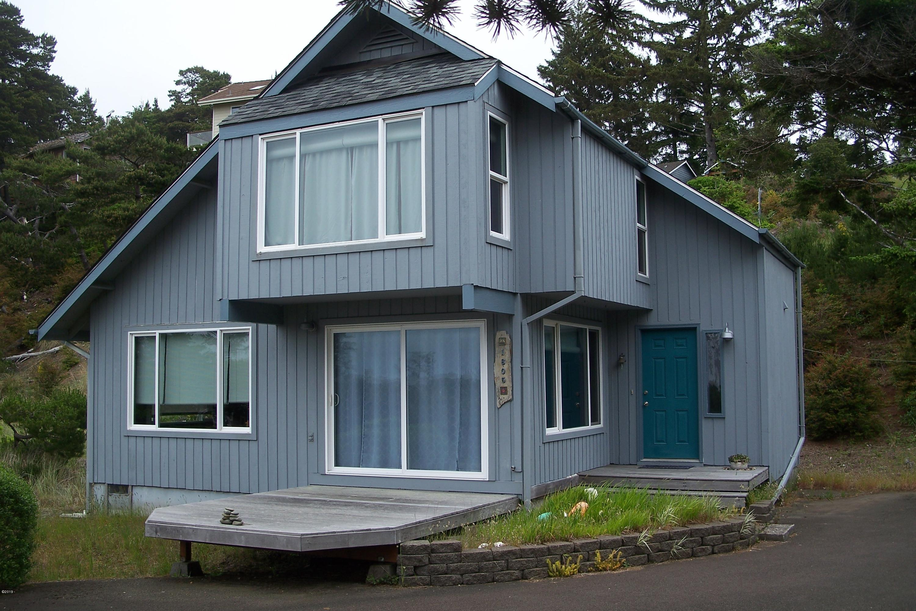 1805 NW Sandpiper Drive, Waldport, OR 97394 - Front of home