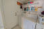 1606 NW 26th St, Lincoln City, OR 97367 - Laundry Room
