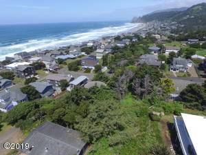 4408 NW 52nd Dr, Lincoln City, OR 97367 - Looking NW