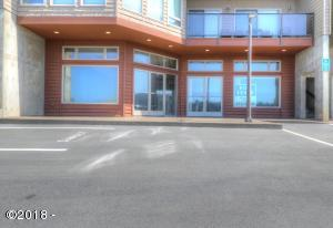504 A&B Hwy 101 N., Yachats, OR 97498 - Exterior from parking lot