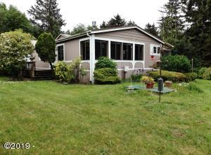 54 NE Starr Creek Dr, Yachats, OR 97498 - Main MLS Photo