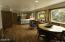122 Reeves Circle, Yachats, OR 97498 - Master bedroom
