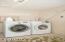 1150 SW Walking Wood, Depoe Bay, OR 97341 - Laundry Room