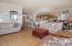 446 Summitview Ln., Gleneden Beach, OR 97388 - Living Room - View 4 (1280x850)