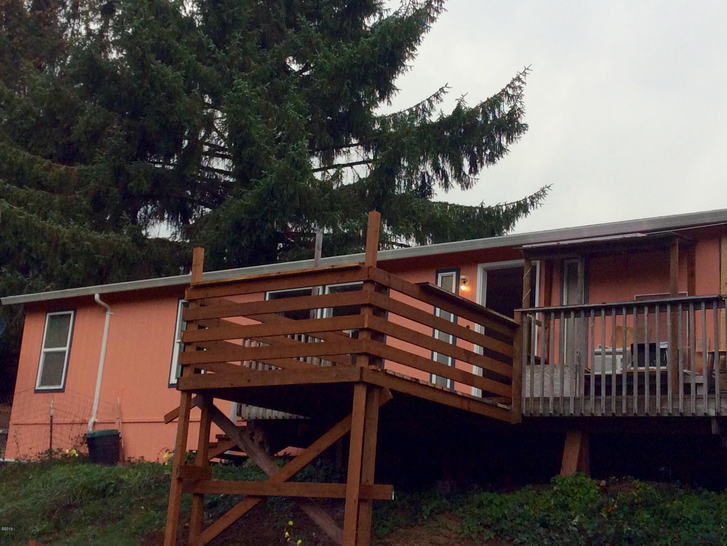 370 Vista Ter, Otis, OR 97368 - Vista Home
