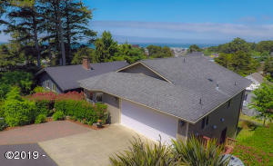 1611 NW 25th St, Lincoln City, OR 97367 - Exterior Drone