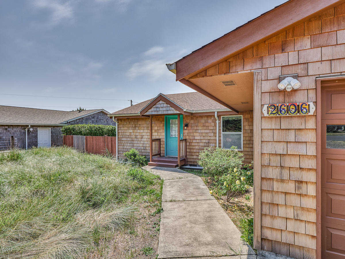 2606 NW Parker Ave, Waldport, OR 97394 - 2606 NW Parker Ave_03_MLS