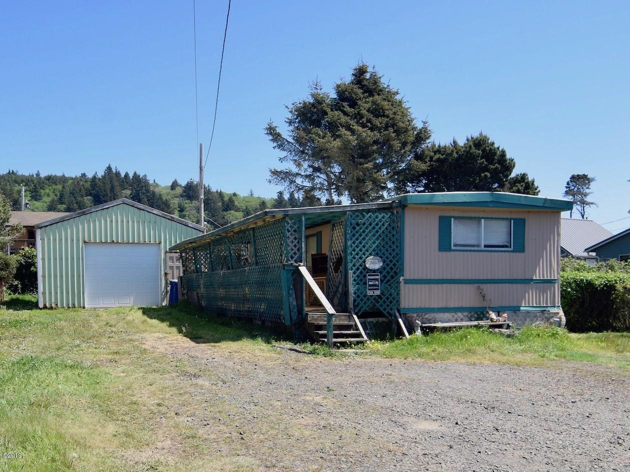 480 NW Alsea Ave, Depoe Bay, OR 97341 - Front