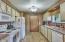 5475 Hacienda Ave, Lincoln City, OR 97367 - Kitchen