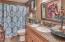 5475 Hacienda Ave, Lincoln City, OR 97367 - Guest Bath