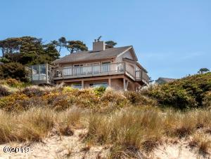1066 NW 6th Court, Lincoln City, OR 97367 - 1066 NW 6th Ct Lincoln City Beach House