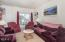 522 NW Inlet Ave, Lincoln City, OR 97367 - Living room - View 3 (1280x850)