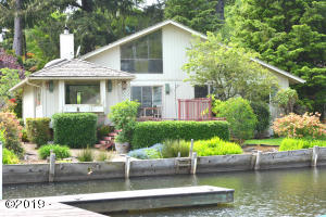1160 NE West Lagoon Dr, Lincoln City, OR 97367 - Canal View