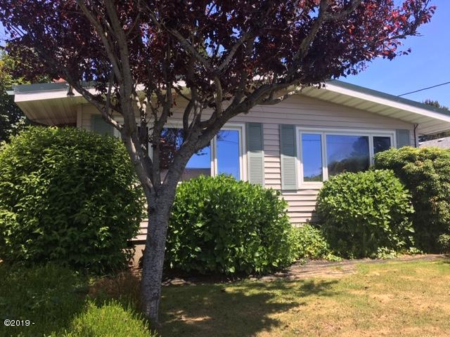 1451 NW 19th St, Lincoln City, OR 97367 - Front View