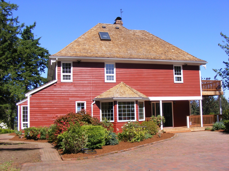 3827 Yaquina Bay Rd, Newport, OR 97365 - exterior (2)