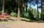 1070 NW Sunset Dr, Toledo, OR 97391 - beautiful landscaping