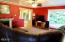 1070 NW Sunset Dr, Toledo, OR 97391 - Living Room