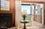 3641 NW Oceanview Drive, 113, Newport, OR 97365 - Gas Fireplace