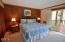 3641 NW Oceanview Drive, 113, Newport, OR 97365 - Bathroom