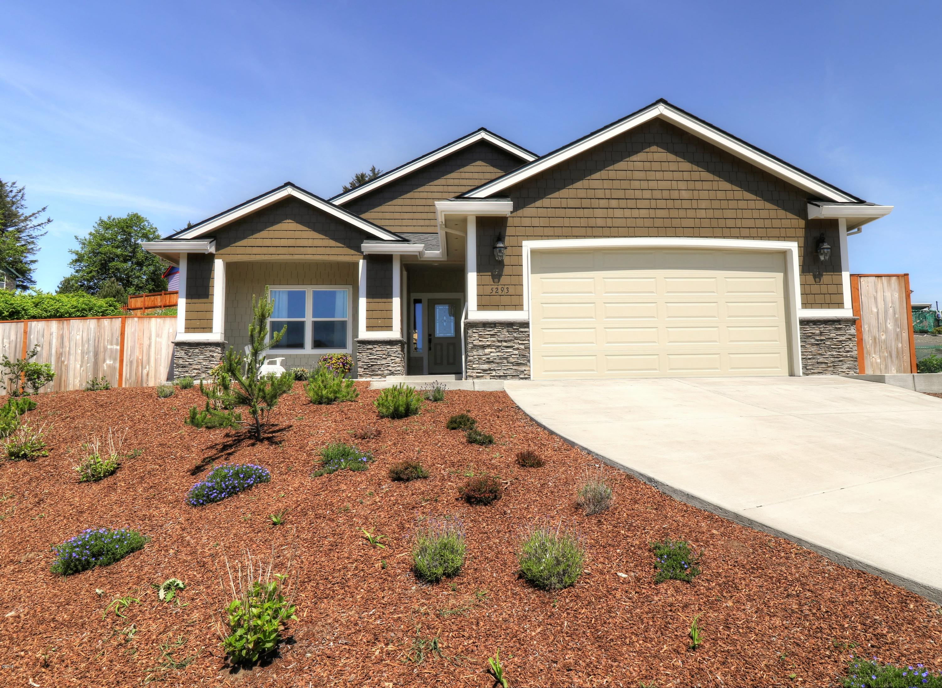 5293 NE Wave Lane, Lincoln City, OR 97367