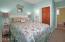 424 Bella Beach Cir, Depoe Bay, OR 97341 - Guest Bedroom