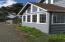 431 W 2nd St, Yachats, OR 97498 - sun room