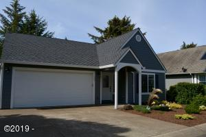 145 SW 61 St, Newport, OR 97366