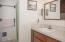 2731 SW Dune Ave, Lincoln City, OR 97367 - Bathroom - View 1 (1280x850)