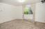2731 SW Dune Ave, Lincoln City, OR 97367 - Living Room - View 1 (1280x850)