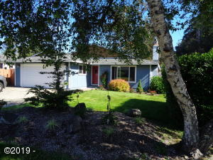 225 SW South Point Street, Depoe Bay, OR 97341 - WELCOME HOME