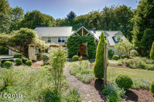 1578 Ankeny Hill Rd SE, Jefferson, OR 97352 - front