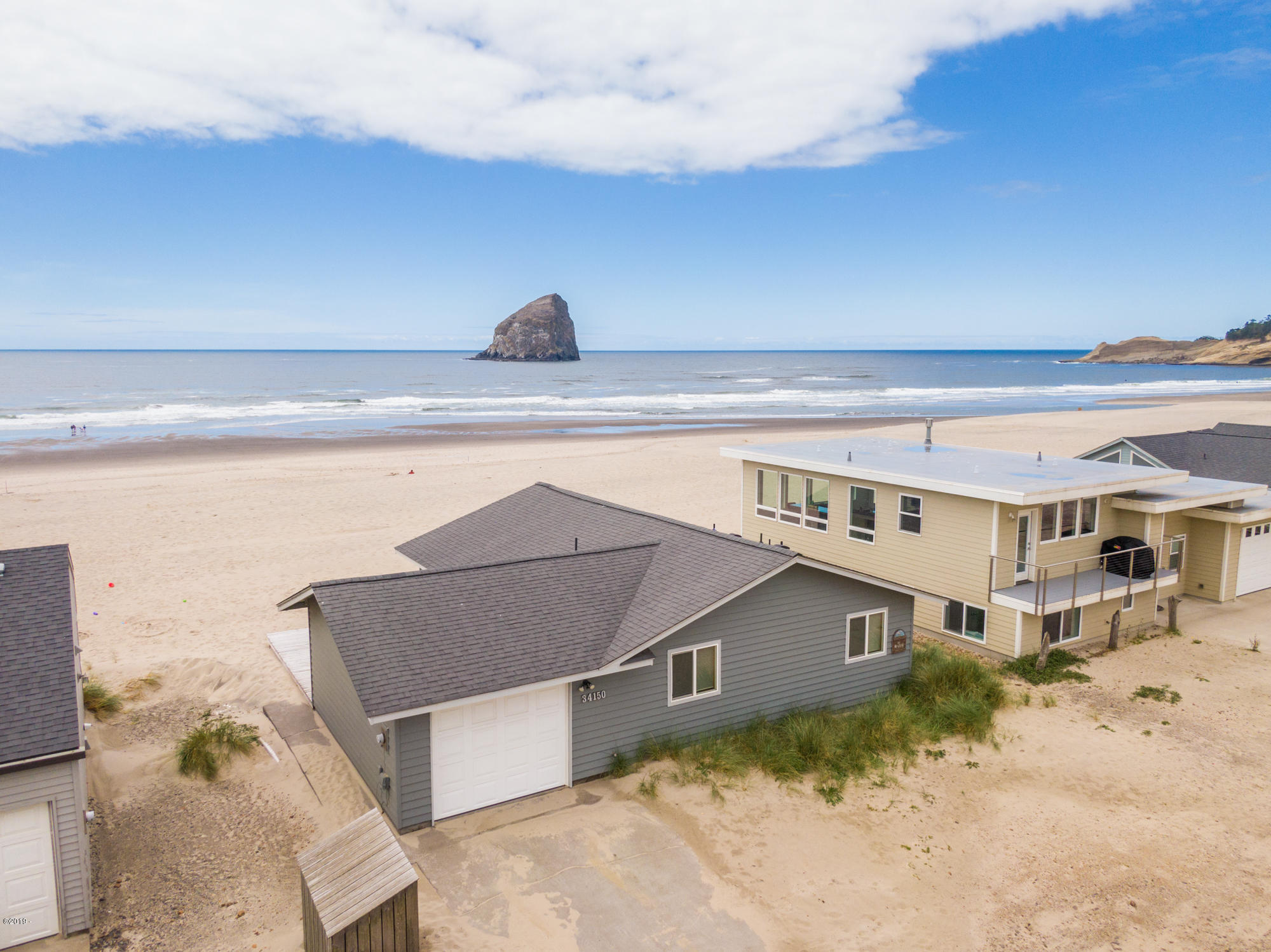 34150 Ocean Dr., Pacific City, OR 97135 - oceanfront beach house