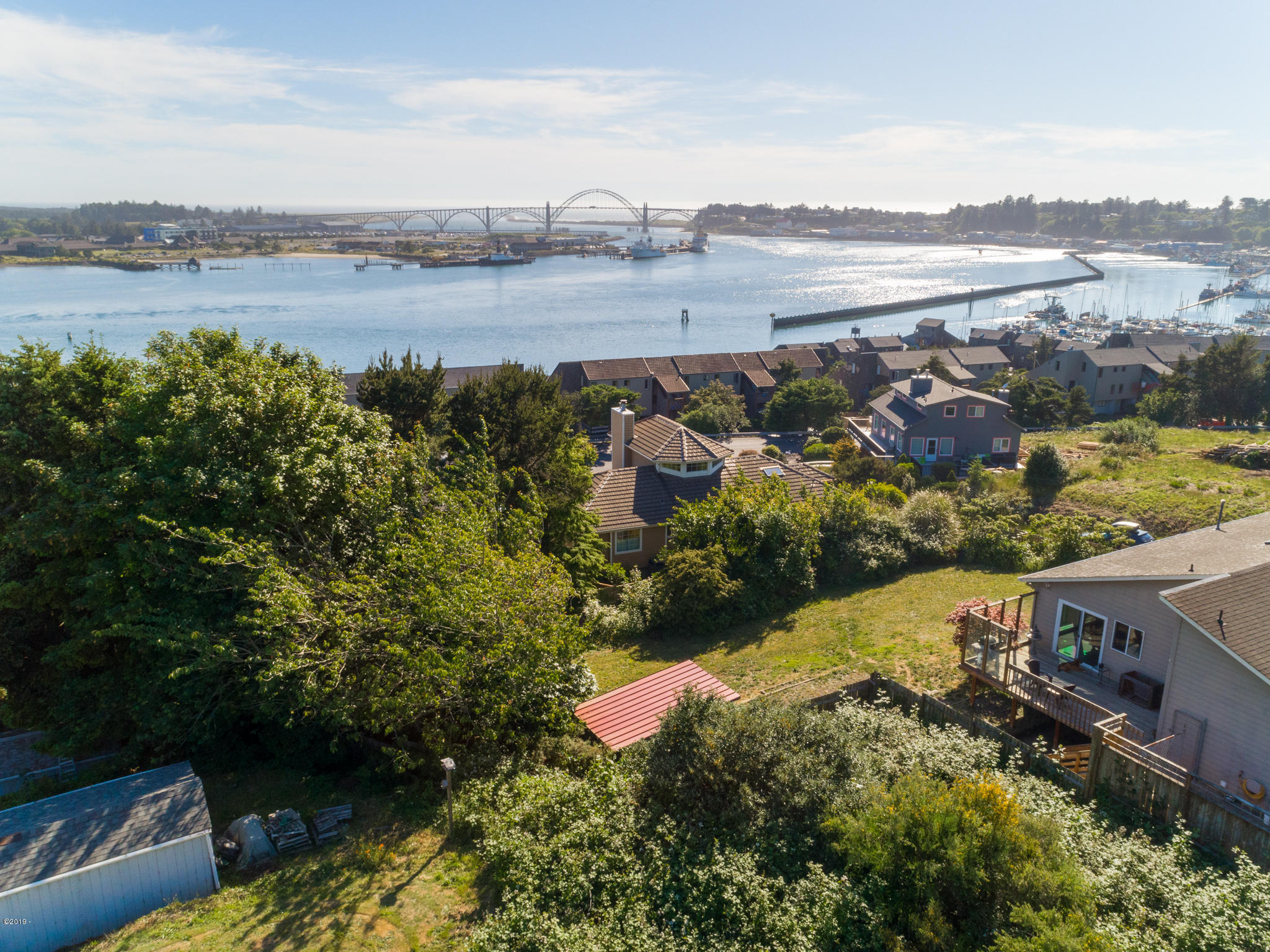 1175 SE Harbor Crescent Dr, Newport, OR 97365 - Yaquina Bay Views