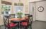 165 Seagrove Loop, Lincoln City, OR 97367 - Dining Area - View 2 (1280x850)