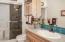 165 Seagrove Loop, Lincoln City, OR 97367 - Guest Bath (1280x850)