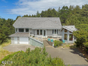 4147 NW Hidden Lake Loop, Waldport, OR 97394 - 4147 NW Hidden Lake Loop