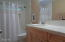 23 N Bay Ridge, Gleneden Beach, OR 97388 - Guest Bath