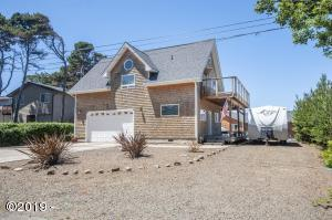 3745 Evergreen Ave, Depoe Bay, OR 97341 - 3745 Evergreen Ave