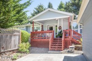 25 Seagrove Loop, Lincoln City, OR 97367 - Exterior - View 1