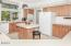 25 Seagrove Loop, Lincoln City, OR 97367 - Kitchen - View 3