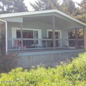 86 NW Spencer St, Yachats, OR 97498 - West side