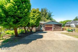 5025 NE K Ave, Neotsu, OR 97364 - Front Ext
