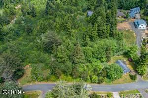 000 NE Waldport Heights Dr, Waldport, OR 97394 - Drone shot