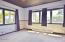133 NE 8th St, Newport, OR 97365 - Living room