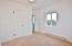 133 NE 8th St, Newport, OR 97365 - Bedroom