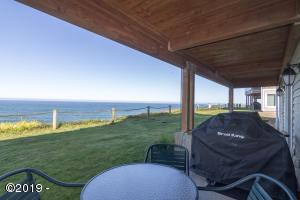 939 N Hwy 101, Unit 402 Week H, Depoe Bay, OR 97341 - view from patio