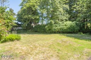 1909 LOT Ne 20th St, Lincoln City, OR 97367 - Level Lot